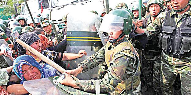 Çin Müslümanlara zalimce davranıyor