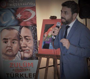 Doğu Türkistan'da Zulüm Var!!!